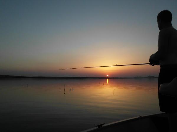Finir sa journée de pêche bien rempli sur moment magique tel que ce couché de soleil. Viva España!!!!